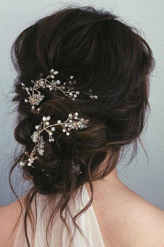 35 Attractive Wedding Hairstyles for Long Hair