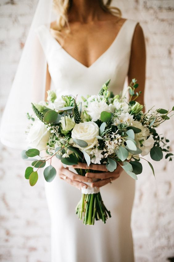 35 bouquets add color to your wedding beautiful wedding bouquets