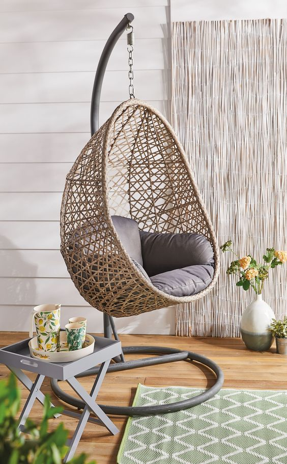 Home design for awesome hanging chairs A new concept for the use of hanging chairs in home life